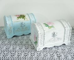 Hand Decorated Shabby Сhic Jewelry Trinkets Box by flowerdeco, $39.00
