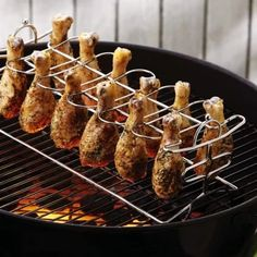 Chicken Leg Cooker Rack – The Caveman's Guide Cooking Gadgets, Cooking Tools, Cooking Recipes, Cool Kitchen Gadgets, Cool Kitchens, Grill Rack, Chicken Legs, Bbq Chicken, Chicken Thighs