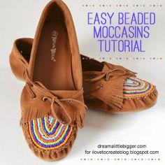 iLoveToCreate Blog: Easy Beaded Moccasins Tutorial