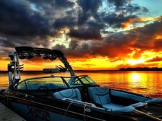 Beautiful pic of a 2013 @Malibu Boats Wakesetter at sunset #boating