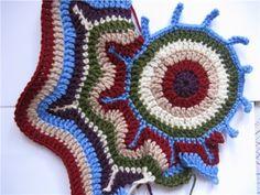 Irish lace, crochet, crochet patterns, clothing and decorations for the house, crocheted. Crochet Mandala, Freeform Crochet, Crochet Diagram, Irish Crochet, Crochet Motif, Easy Crochet, Crochet Hooks, Free Crochet, Crochet Cardigan