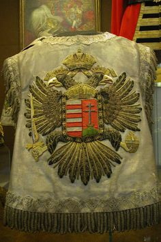 Hungarian herald's tabard Hungary History, Embroidery Patterns, Embroidery Stitches, Hand Embroidery, Hungarian Embroidery, Medieval, My Roots, Baroque Fashion, Hungary