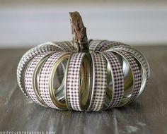 Fall Mason Jar Crafts - Fall Craft Ideas Using Mason Jars - Fall Crafts for Kids Using Mason Jars - Mason Jar Craft Ideas