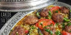 Κεμπαπ με μελιτζάνες και πράσινες πιπεριές! Τέλεια Συνταγή ! Birds, Ethnic Recipes, Food, Essen, Bird, Meals, Yemek, Eten