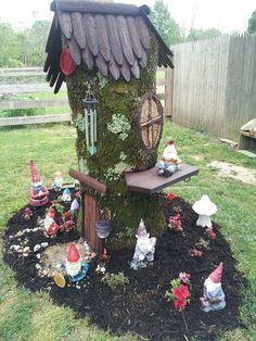 A tree stump cute fairy garden tree stump fairy garden ideas with Garden Ideas With Tree Stumps, Garden Trees, Outdoor Trees, Outdoor Planters, Outdoor Seating, Outdoor Spaces, Outdoor Decor, Fairy Houses Kids, Tree Stump Planter