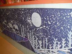 Mural d'hivern Christmas Art, Christmas Projects, Art Plastic, Christmas Bulletin Boards, Penguins And Polar Bears, School Murals, Winter Art Projects, Class Decoration, Mural Art