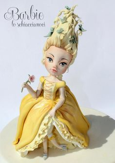 Marie Antoinette 2nd Version - Yellow, Birds and Butterflies - Cake by Barbie lo schiaccianoci (Barbara Regini)