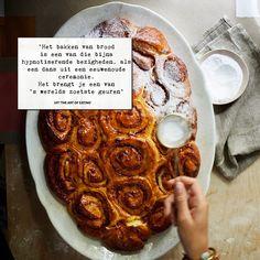 Liefde is het geheime ingrediënt van brood. Je mengt, je kneedt, je draait, je kneedt nog eens, en brengt zo het deeg onder je handen tot leven.