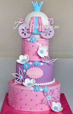 Pink princess carriage cake.
