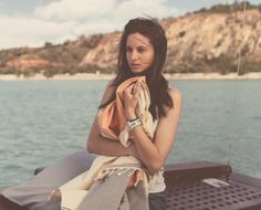 Fouta grenadine the ultimate fashion accessory !  http://grenadinestore.com/wind#.UtwGXBBKHIU