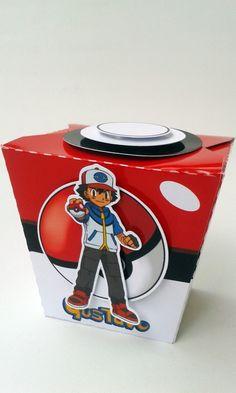 KIT PERSONALIZADO POKEMON Produzido em papel fotográfico glossy 180g. Seu filho (a) vai adorar esse kit com todos esses Pokemons. Divertido e alegre, todas as peças possuem scrap, deixando-as ainda mais bonitas. *ESCOLHA OS SEUS POKEMONS PREFERIDOS. O kit contém: - 01 caixa Box : 7 A...