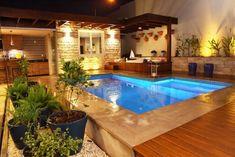 Área externa com piscina vandacarvalh 33863 Backyard Pool Designs, Small Backyard Pools, Small Pools, Swimming Pools Backyard, Swimming Pool Designs, Outdoor Pool, Moderne Pools, Small Pool Design, Villa