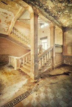 Decaying in splendor...