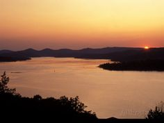 Sunset over Table Rock Lake near Kimberling City, Missouri, USA Photographic Print by Gayle Harper at AllPosters.com