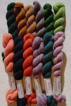 Pot de Géraniums - 12 naturally dyed shades : http://www.renaissancedyeing.com/en/products/pot-de-geraniums-textile-pack/