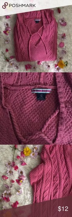 "Polo Knit Sweater 🔴 Sale Adorable Ralph Lauren pink sweater size Large, Measurements laying flat:  🔺length  24.5""🔻width   -🔺arm to arm 20""🔻inseam  -🔺rise  -🔻waist  -🔺excellent condition   Want to make an offer 👇🏽 use the offer button. No offers rejected but no lowballing please.   📬inbox me/use offer button for a private exclusive deal  🙃 happy poshing xoxo Polo by Ralph Lauren Sweaters V-Necks"