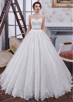 Chic Tulle & Organza Jewel Neckline Ball Gown Wedding Dress With Lace Appliques & Belt