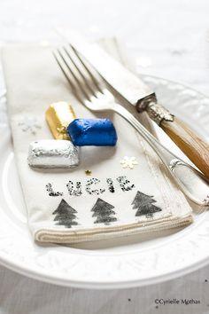 Calendrier de l'Avent Lindt *JOUR 7* Personnalisez vous-même vos serviettes de table pour illuminer vos repas de fin d'année !