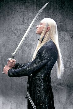 when you're having a normal day and Thranduil suddenly blinds you with his beauty (x)