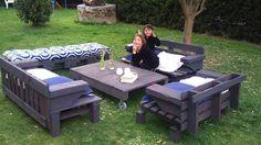 Pallet outdoor furniture idea