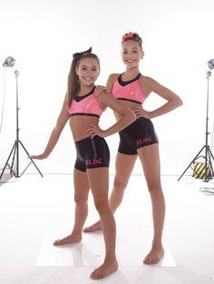 Dance Moms Dancers, Dance Moms Girls, Girl Dancing, Kids Girls, Dance Moms Mackenzie, Maddie And Mackenzie, Mackenzie Ziegler, Maddie Ziegler, Young Girl Fashion