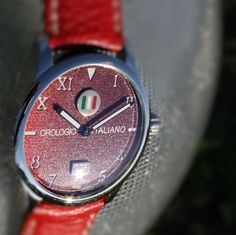 "Egotempo ...  Preludio with special dial ""orologio italiano"", nuanced red colors, 18k gold and enamel plates applied on starry dial...  www.egotempo.it https://instagram.com/egotempo/ https://twitter.com/EgotempoItalia"