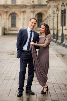 Love Session in Paris   Rebecca Marie Photography   Reverie Gallery Wedding Blog
