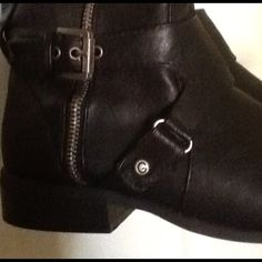 Guess Boots Like new!  Black with side zippers Guess Shoes