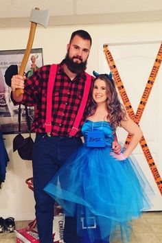 36 Couples Costume Ideas That Are Ridiculously Cheap  sc 1 st  Pinterest & 120+ Easy Couples Costumes You Can DIY in No Time | Halloween ...