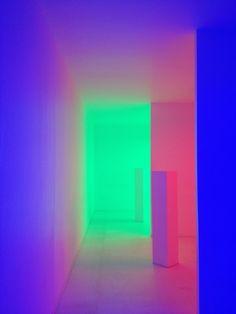 Neon Aesthetic, Light Therapy, Lights Background, Grafik Design, Nightclub, Room Themes, Light Art, Vaporwave, Light And Shadow