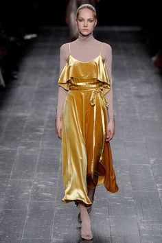 Ready To Wear 2016 Fall Valentino Collection