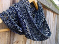 Ravelry: jostrong's Grey Loop Finger Knitting, Loom Knitting, Baby Knitting Patterns, Free Knitting, Crochet Patterns, Scarf Patterns, Knitting Tutorials, Knitting Machine, Knitting Projects