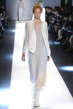 Ann Demeulemeester ready-to-wear spring/summer '15 gallery - Vogue Australia