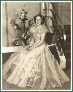 A 1939 party dress worn by a Portland Rose Festival princess.