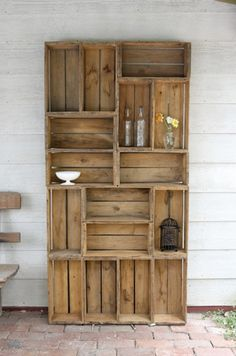 Upcycle Us: Playing Tetris with old crates, great upcycling!