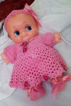 Crochet outfit for kewpie doll