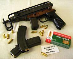 Bag full of guns 32 Acp, Pocket Pistol, Assault Weapon, Gun Art, Submachine Gun, Military Guns, Guns And Ammo, Bullets, Revolver