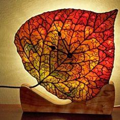 Robert Oddy stained glass - Aspen Leaf Clock