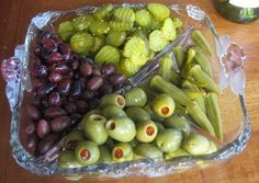 Yes! The pickle and olive tray :)