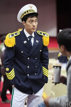 so ji sub -- 51K (behind the scenes of the drama Ghost > awesome drama)