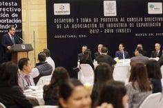 El gobernador del estado de Querétaro, Francisco Domínguez Servién acudió a la Toma de Protesta del Consejo Directivo de la...