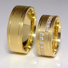Gold or Platinum wedding rings with Diamonds v103