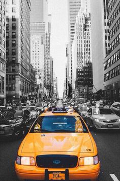 Iconic yellow cab in New York City · Big city life · 6302e01583
