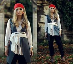 DIY Lady Jack Sparrow Costume | 25 DIY Pirate Costume Ideas, check it out at http://diyready.com/25-argh-tastic-diy-pirate-costume-ideas