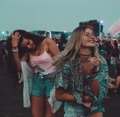 And we will travel the world going to last minute festivals held in the middle o... - http://www.popularaz.com/and-we-will-travel-the-world-going-to-last-minute-festivals-held-in-the-middle-o/