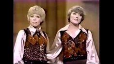 Julie Andrews & Carol Burnett - 60's Medley (live)