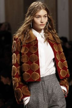 Detail / Fendi / Mailand / Herbst 2017 / Kollektionen / Fashion Shows / Vogue
