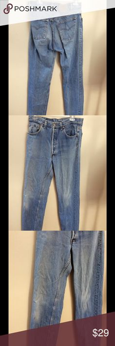 """Vintage Levis 90's 501 Button Fly  Jeans 31x32 Classic Vintage Levis Levi 501 Button Fly 5 Pocket Jeans. Light Wash. Red tab. Made in the USA!  Great pre-owned worn-in condition.  No frays. Small marker spot on right knee area. See pics. Measurements: Tags says 34x34 but actual measurements are 31x32:  Waist: 31"""" Inseam: 32"""" Front Rise: 11"""" Legopening(ankle):7"""" Levi's Jeans Straight Leg"""