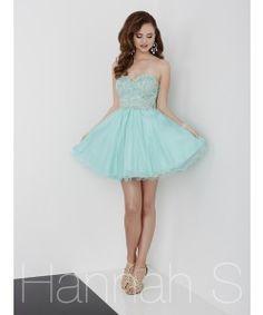 Hannah S Style  27966 Available at Elizabeth Renea's!