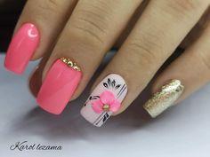 Glitter Nails, Gel Nails, Acrylic Nails, White Nail Art, White Nails, Toe Designs, Funky Nails, Flower Nails, Acrylic Nail Designs
